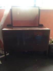 Dressing table, needs some varnish but good condition