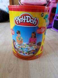 Brand new tub of playdoh