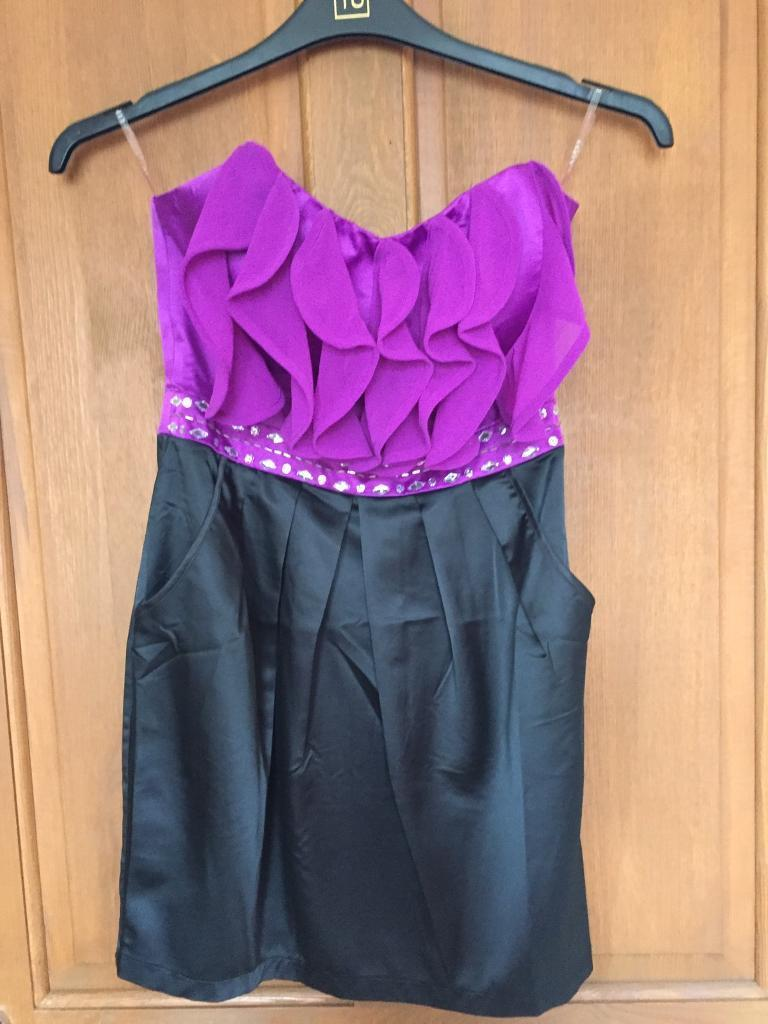 Lipsy dress size 10in Newtongrange, MidlothianGumtree - Lipsy dress size 10 still got tags on comes with detachable straps Ono Pick up only