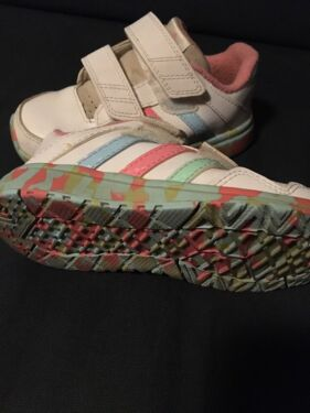 Adidas Kinderschuhe Gr.20 25 in Köln Ehrenfeld