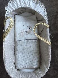 BRAND NEW never used beautiful Clair De Lune Moses basket.