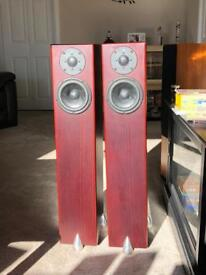 Totem Hawk speakers - Mahogany with claws - Great condition
