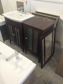 Heritage 3 piece bathroom unit