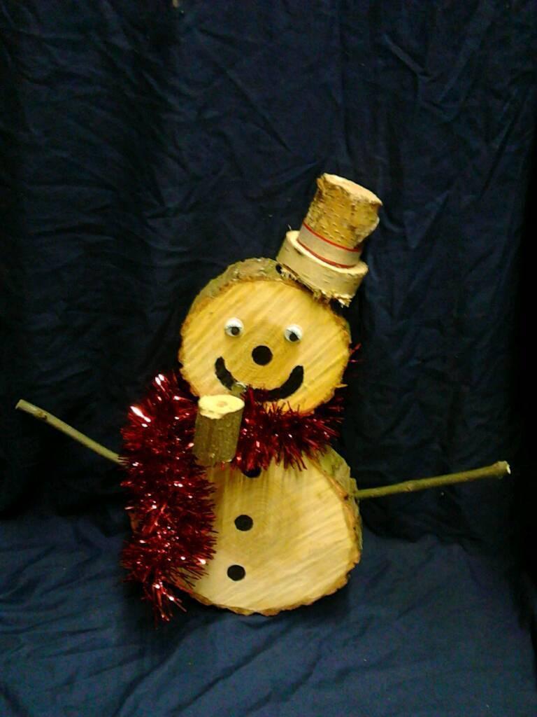 Log snowman