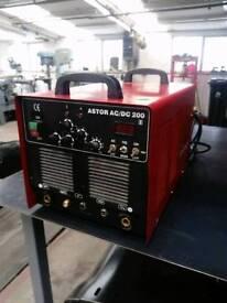 Javac AC/DC 200 amp tig welder 240v single phase