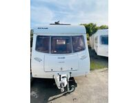 2006 lunar zenith 4 berth double dinette makes double bunk beds at the back light weight