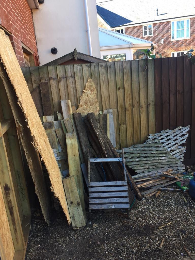 Free wood/trellis | in Norwich, Norfolk | Gumtree