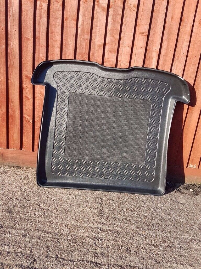 TAILORED ANTISLIP BOOT LINER Mat Tray VOLVO V50 ESTATE 2004-2012