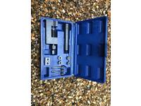 Pin removal tool box extractor chain pin