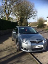 One lady owner Toyota Auris 58plate
