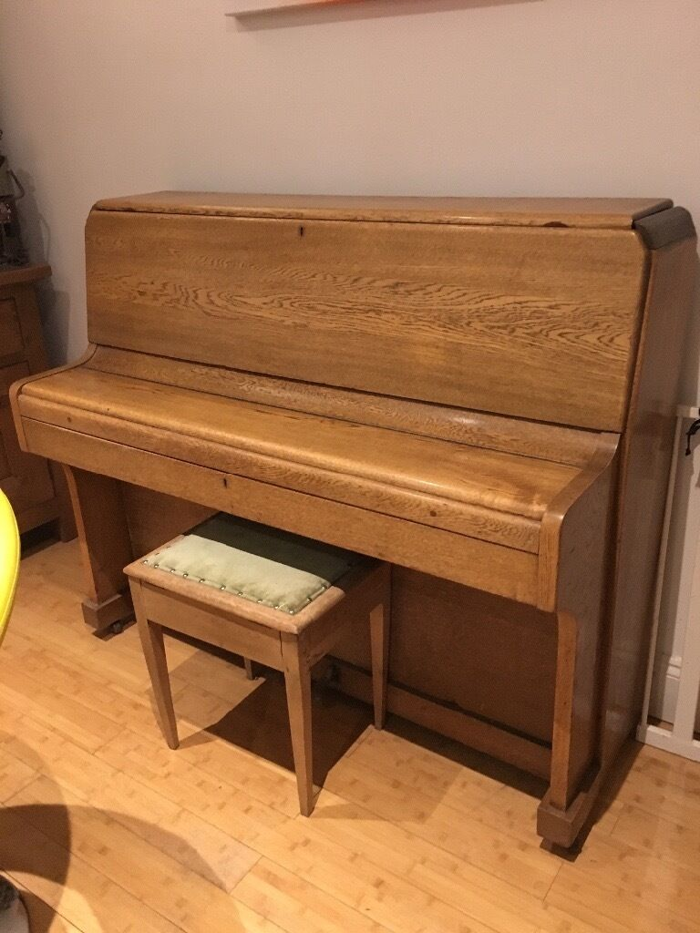 Knight small upright piano in knowle bristol gumtree for Small upright piano dimensions