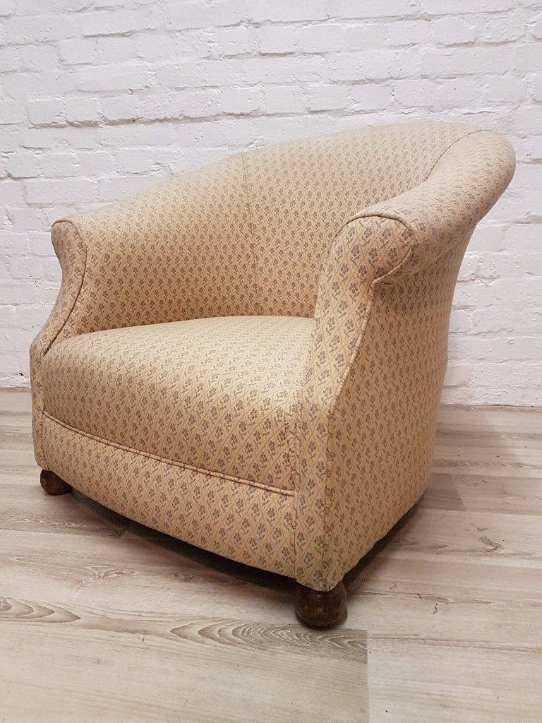 Victorian Tub Chair (DELIVERY AVAILABLE FOR THIS ITEM OF FURNITURE ...