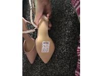 Size 5 new look heels