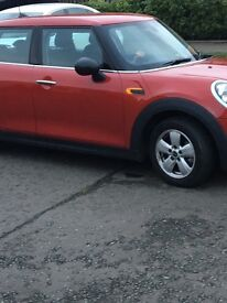 16 PLATE IMMACULATE CONDITION MINI ONE .