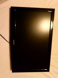 "Toshiba 22DL702B 22"" 1080p HD LED LCD Television with stand and wall bracket."