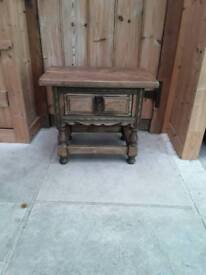 LOVELY SOLID OAK BEDSIDE TABLE OR LOW COFFEE TABLE WITH DRAWER SOFA TABLE CHEST