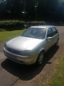Ford Fiesta 1.2 Ghia Very good condition cheap to run cheap insurance ideal for learner driver