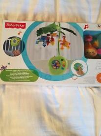 Fisher price Peek-A-Boo leaves musical mobile *new in box*