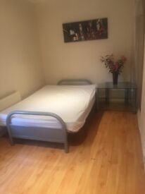 Room to let !