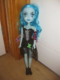 19 Inch MONSTER Type DOLL - GREAT CONDITION - LONG HAIR *2