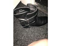Ladies new look boot like new size 4