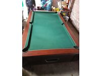 7ft pool table with balls