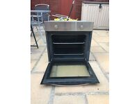 Like new electric single oven
