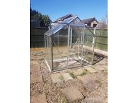 6'x4' aluminium greenhouse with horti glass buyer to dismantle and remove