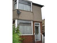 End Terrace Family House - Walking Distance Of Town Center - Manchester Road, Crosland Moor, HD4