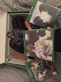 Xbox one 500gb boxed pad wires everything and FIFA 18 new