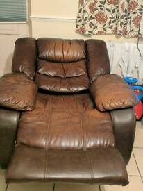 2 leather recline chairs