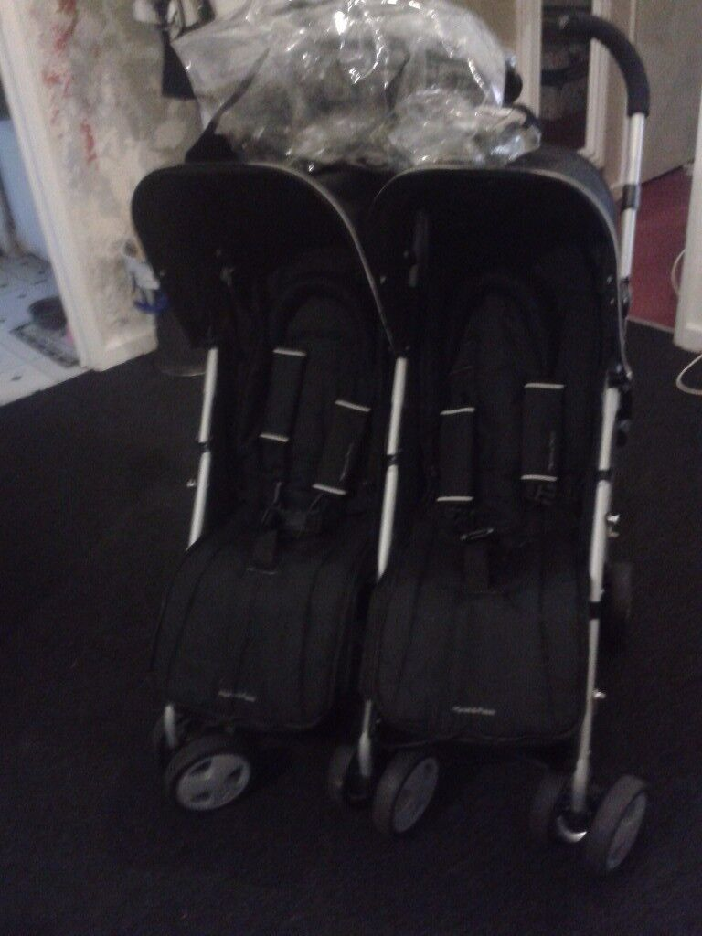 MAMAS AND PAPAS PULSE DOUBLE STROLLER
