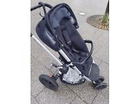 Quinny buzz pushchair rocking black and quinny baby carrycot
