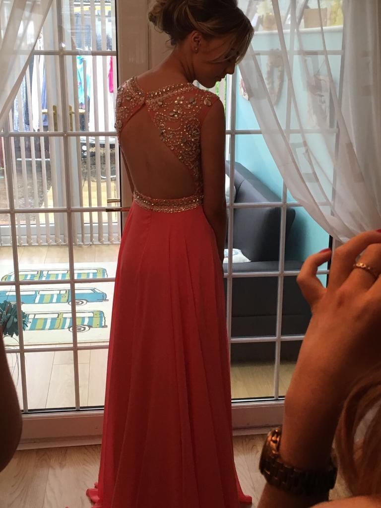 Prom dresses for sale150 eachin Eston, North YorkshireGumtree - Prom dresses for sale size 6 8 both dresses were £350 each when new only worn once