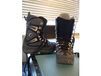 Burton Bone Out Boots, Mens, UK7 Black and Grey
