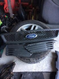 Ford Focus grills 2007