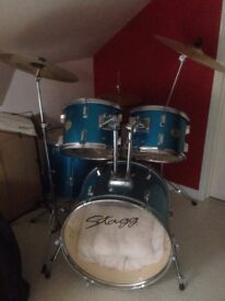 STAGG DRUM SET (full size)