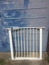 £10 each Lindam Safety Gates x 3