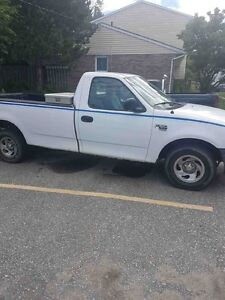 2004 Ford F-150 low km