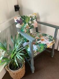 FEATURE CHAIR - Vintage Covered Vibrant Sturdy Lge