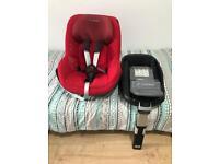 Maxi cosi pearl car seat with familyfix Isofix base