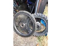 Yamaha dt 125 wheels