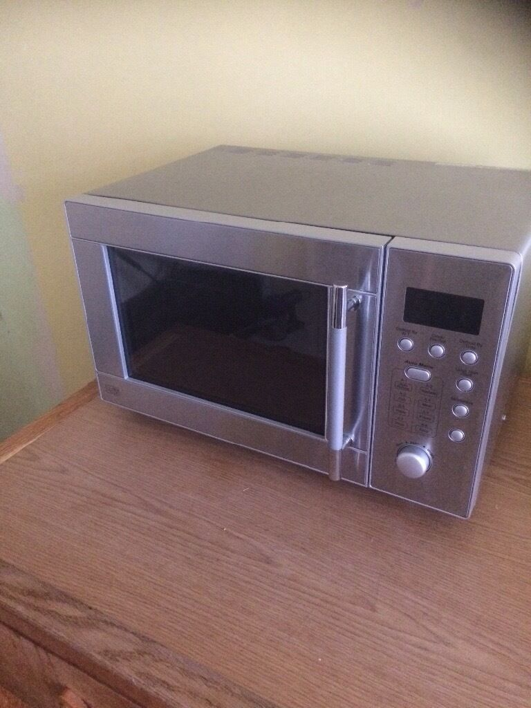 Microwave 800wattin Taverham, NorfolkGumtree - Microwave from Sainsburys 800 watt Fully working Selling due to new inbuilt microwave Small dimensions but fits full size dinner plate inside Dimensions are Width 46cm Depth 38cm including handle and cable out back Height 29cm Immaculate condition...