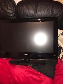 28 inch bush tv