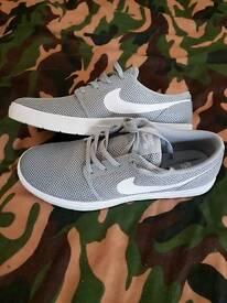 Nike SB size 8 brand nee