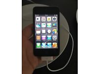 iPod 4th generation 16gb in black bundle 9 cases