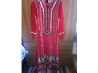 RED WITH BLACK AND GOLD EMBROIDERY INDIAN DRESS (SIZE 6-8 UK).