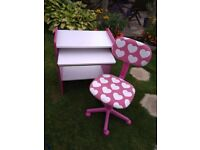 Children's Desk and Adjustable Chair for Sale. Suitable for Primary School child as study desk.