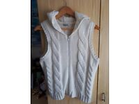 SMALL SIZE 18 HOODED CARDIGAN