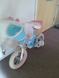 Girls Bike with Stabilizers, Basket and Bell